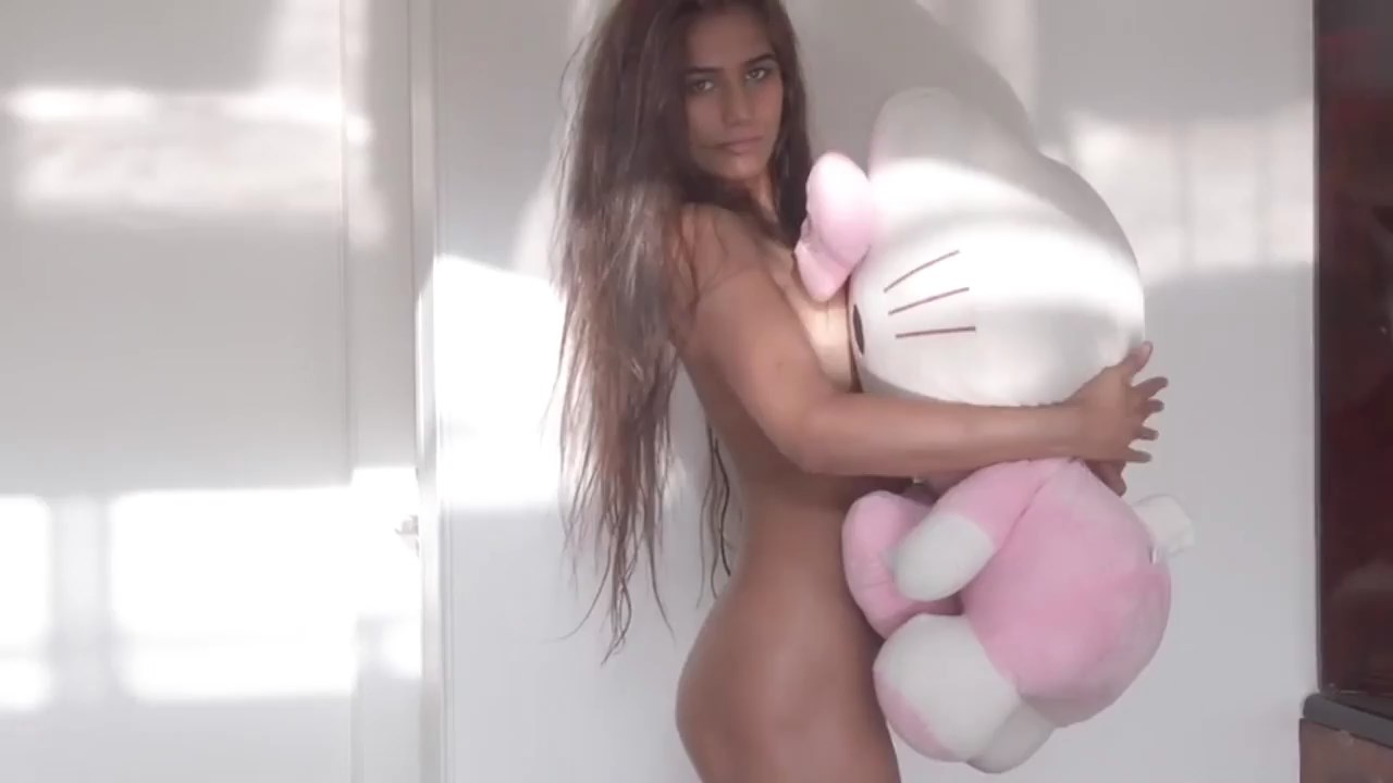 HelloKitty3c30f7 - 18+ Hello Kitty 2020 Hindi Poonam Pandey Video 720p HDRip 130MB x264 AAC