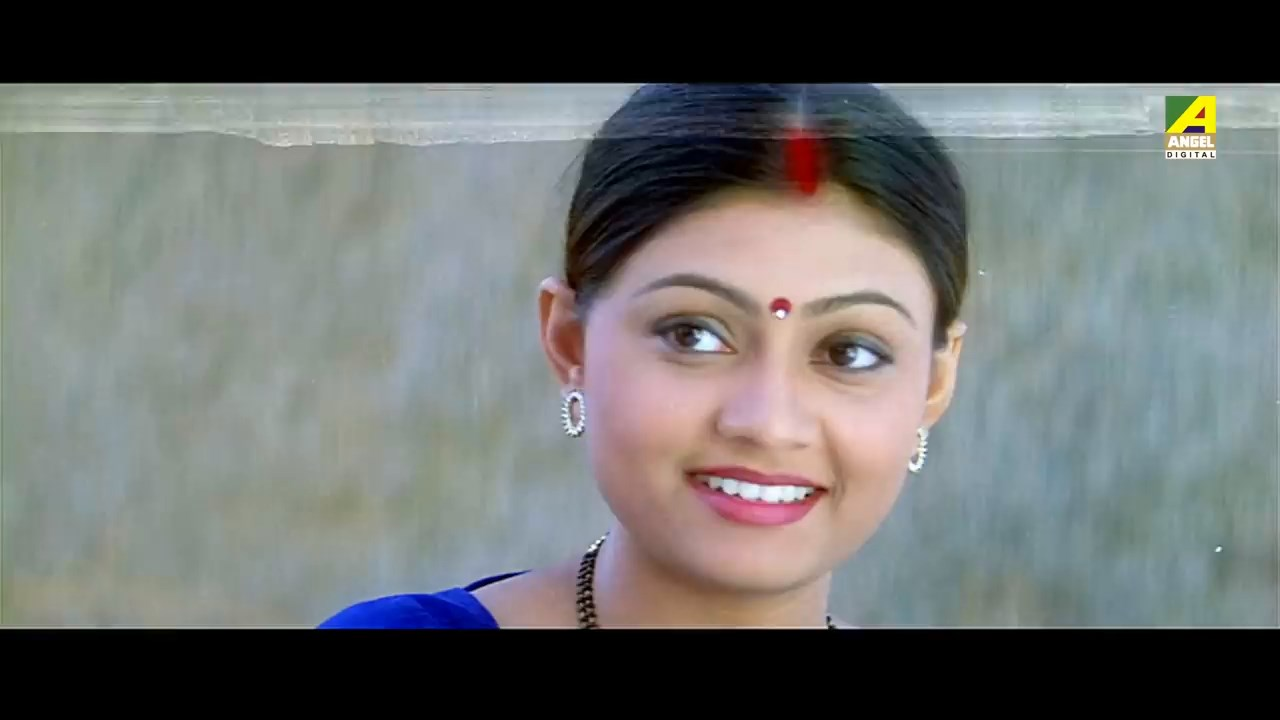 ChakraBengaliActionMovie.mp4_snapshot_01.18.31.20012ec4.jpg